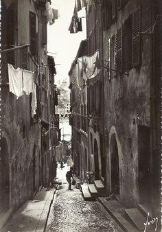 Marseille, France- Rue du Vieux Quartier (Vieux Port)