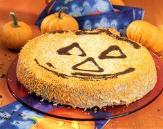 Rübli-Kürbiskern-Halloween-Kuchen - smarter - Kalorien: 216 Kcal - Zeit: 1 Std. 30 Min. | eatsmarter.de