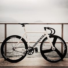 dosnoventa houston With enve wheels (too wide in my opinion) but a gorgeous machine