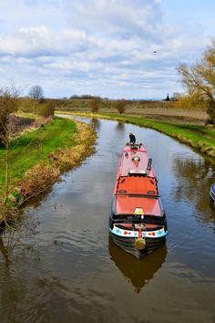 Narrowboat Mervyn