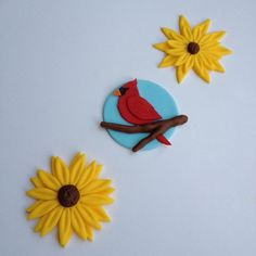 Cardinals and sunflowers.. Handmade edible por FancyTopCupcake