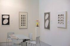 Padiglione 26, Stand B24 Studio Guastalla Arte Moderna e Contemporanea. Opere di Dadamaino, Paolo Scheggi e Ettore Sottsass