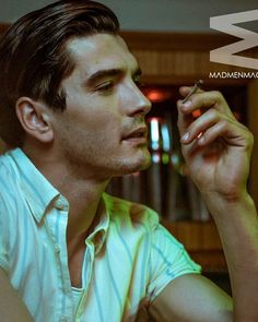 Image uploaded by Charme. Find images and videos about yon gonzalez on We Heart It - the app to get lost in what you love. Marlon Brando, Orphan Black, Grey's Anatomy, Gorgeous Men, Beautiful People, Spanish Men, Model Face, Cinema, Series Movies
