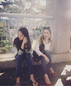 Check out Jessica Jung's beautiful updates with Krystal ~ Wonderful Generation ~ All About SNSD, Wonder Girls, and f(x)