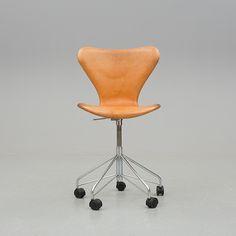 """KONTORSSTOL, """"Sjuan"""", Arne Jacobsen, Fritz Hansen 2003."""