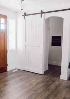 white barn door easi