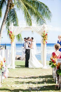 The romantic seaside ceremony at Olowalu Plantation House. {Jenesa Richards Photography}