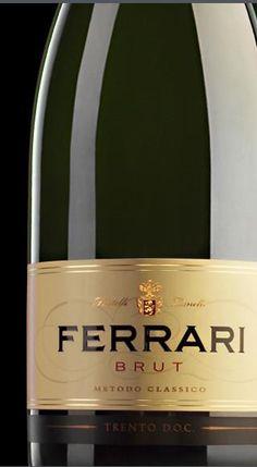 Ferrari Brut    Feito somente com uvas Chardonnay, é produzido desde a fundação da cantina. O espumante tem coloração amarelo-palha, com reflexos esverdeados. O aroma é intenso, com notas de maçã, flores do campo e casca de pão. O sabor é equilibrado e agradável ~> http://www.baltazarbistrot.com.br/site/