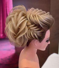 50 Classy Braided Updo Styles For Wedding! Short Hair Updo, Braided Hairstyles Updo, Bride Hairstyles, Curly Hair Styles, Cool Hairstyles, Hairstyles Videos, Elegant Wedding Hair, Wedding Hair Pieces, Bridal Hair Buns