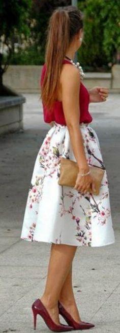 Elegantes looks con falda midi...