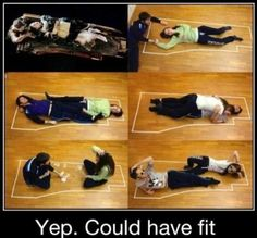I love Titanic to bits but this has always bugged me. Anyone who's played on a foam thing in the swimming pool knows you just have to jump on from opposite sides!  Via @cleolinda and @AnitaRenfroe