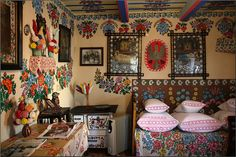 Inside a house Bohemian Bathroom, Bohemian Decor, Bohemian Bedrooms, Fairytale House, Inside A House, Polish Folk Art, Arte Popular, Foyers, My Living Room