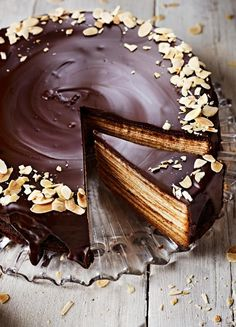 German Schichttorte recipe. Follow these top tips to make sure you get those perfect layers.