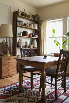 Where I Cook: Stylist Anne Parker, dining area love the pillow ticking chairs + the rug Cottage Kitchens, Home Kitchens, Real Kitchen, Funky Kitchen, Kitchen Things, Kitchen Living, Kitchen Ideas, Kitchen Stories, Wood Interiors