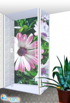 Warum immer nur den Duschbereich langweilig zu fliesen? Sparen Sie Geld und verblenden Sie die Wand mit einer Fliesenersatz-Platte, einer Duschrückwand aus Aluverbund, Acrylgals oder ESG-Glasplatte. Die Abbildung zeigt ein Blumenmotiv im beliebten 100x210cm Format. Andere Breiten, Höhen, Motive, Farben oder Sonderformate sind natürlich möglich. Sprechen Sie uns einfach unter www.mocano.de an.  #Duschrückwand #Duschwand #Duschpaneel #Fliesenspiegel #Fliesenersatz #Fliesenspiegelersatz #mocano Glass Vase, Flowers, Plants, Home Decor, Crafting, Summer Flowers, Safety Glass, Decoration Home