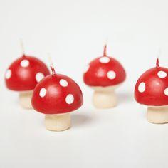 Set of 4 Mini Mushroom Candles | Carousel