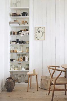 The Inspiring Home of A Norwegian Interior Stylist Nordic Home, Nordic Interior, Home Interior Design, Nordic Style, Interior Stylist, Apartment Interior, Nordic Design, Scandinavian Design, Scandinavian Interiors
