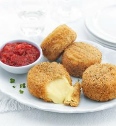 Breaded Camembert with Cranberry & Apple Chutney - Marks & Spencer Christmas Catering, Christmas Buffet, Xmas, Apple Chutney, Cranberry Chutney, Camembert Pane, Camembert Recipes, Salty Foods, Food Challenge