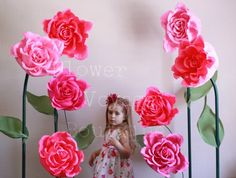 Giant free standing paper flower. Alice in wonderland photo props. Huge self-standing paper rose. Wedding flower backdrop. Shop window decor #gardenPartyDecoration giant paper flower huge paper flower garden party spring wedding summer wedding paper flower wall wall paper flowers alice in wonderland party decor girl birthday decor photo booth backdrop flower backdrop giant flower wall 74.99 USD FlowerVoyageBoutique