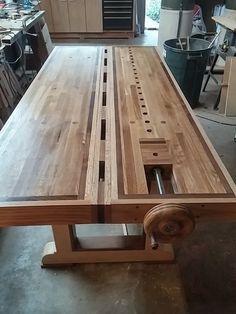 $200 Roubo split top bench