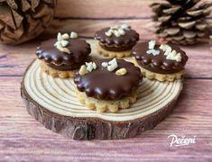 Cukroví Archiv - Víkendové pečení Mini Cheesecakes, Eclairs, Christmas Treats, Pavlova, Muffin, How To Memorize Things, Food And Drink, Cookies, Breakfast