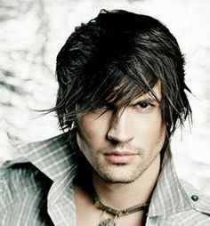 The hairstyle has a great impact on your looks. Here are few trendy men's hairstyles which they can try to look cool and trendy. Top Hairstyles For Men, Cool Haircuts, Haircuts For Men, Trendy Hairstyles, 2014 Hairstyles, Fashion Hairstyles, Beautiful Hairstyles, Medium Hair Cuts, Medium Hair Styles