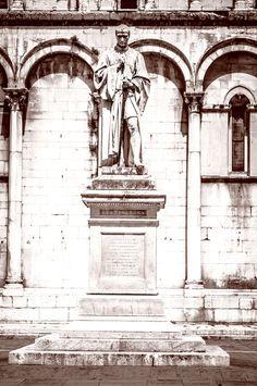 https://flic.kr/p/L961KT | Statue Francesco Burlamacchi, Lucca, Italy | Statue…