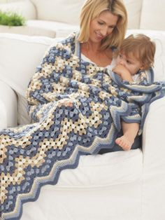 Granny Goes Ripple Crochet Patterns -Teresa Restegui http://www.pinterest.com/teretegui/ ✔