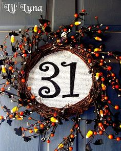 cute wreath ... could do this with the cranberry wreath @ Christmas