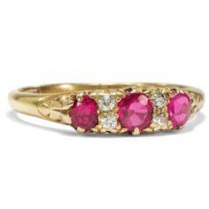 A Song of Fire and Ice - Prachtvoller Gold-Ring mit Diamanten & Rubinen, London 1915 von Hofer Antikschmuck aus Berlin // #hoferantikschmuck #antik #schmuck #Ringe #antique #jewellery #jewelry // www.hofer-antikschmuck.de (18-0434)
