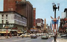 Main & Chippewa 1950's Good pic, you can see The Paramont Theater and Shea's