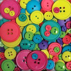Blumenthal Lansing Company Favorite Findings 3-1/2-Ounce Big Bag of Buttons #BlumenthalLansing