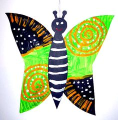 Schmetterlinge aus Transparentpapier fürs Fenster -  Tiere Basteln - Meine Enkel und ich
