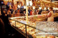 Germany Bavaria (Bayern) Nurnberg (Nuremberg) Christmas Market (Weihnachtsmarkt)