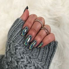 Chrome nails