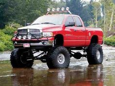 Dodge Ram mud truck ---- I want this, so prettyyy