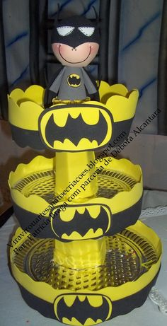 Vira Virou Artesanato e Criações: Suporte para Balas ou Cupcakes Batman Birthday, Superhero Birthday Party, Birthday Party Themes, Boy Birthday, Baby Superhero, Baby Batman, Batman Party Decorations, Birthday Decorations, Monster Party