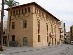 Llíria. Ca la Vila (palacio de los duques de Llíria, s XVI)