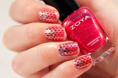31 Day Challenge 2014: Day 31, Honor nails you love #31DC2014 pink mermaid nails stamped Handy Handy65