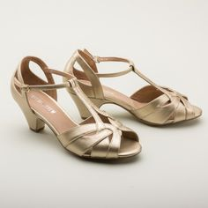 Nina Retro Tstrap Sandals by Chelsea Crew (Gold)