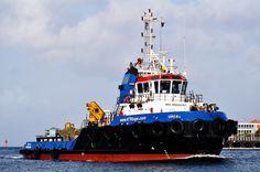 In de thuishaven  14 mei 2015 te Willemstad, Curaçao  http://koopvaardij.blogspot.nl/2015/05/in-de-thuishaven_19.html