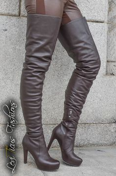 CHOCOLATE BROWN LEATHER PLATFORM HIGH-RIZE BOOTS