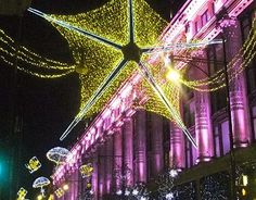 christmas star in a london street in a cold night of december Cold Night, London Street, Christmas Star, New Work, Street Photography, Fair Grounds, Behance, Neon Signs, Stars