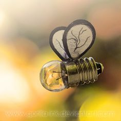 gotta get stung by idea bee by goRillA-iNK Light Bulb Art, Light Bulb Crafts, Gorilla Ink, I Love Bees, Bee Art, Conceptual Photography, Amazing Photography, Bee Crafts, Bee Design