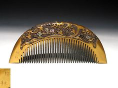 Exceptional Makie lacquered real gold hair comb Japanese kushi