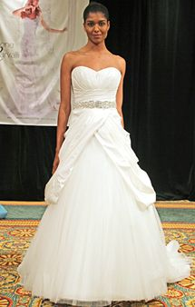 I just love the poof underneath with the top of the dress making an upside down v in an almost different color!