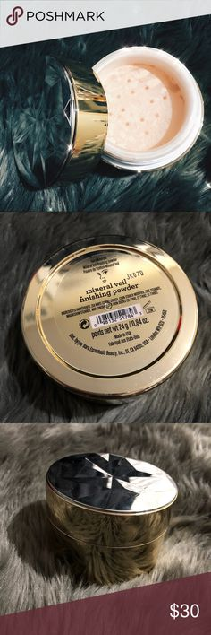 JUMBO bareMinerals Mineral Veil Powder ✨LIMITED EDITION 🙏🏽😭 Make the most of your makeup with Mineral Veil, a see-through but spectacular finale for any kind of complexion. & best of all, it's utterly weightless. •Gives your skin a soft, airbrushed quality •Is entirely translucent, allowing for a natural look •Keeps your skin clear of preservatives, waxes, talc, and binders (Compliments to Ulta Beauty for description)  New but opened • No Original Box • Jumbo Sized  💯 % AUTHENTIC…