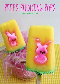 These Peeps Pudding Pops are an easy Easter treat sure to please the kiddos! Like many Easter Peep treats these pudding pops are sweet to eat!