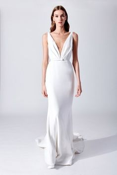 18 Apr 2020 - The complete Oscar de la Renta Bridal Spring 2019 fashion show now on Vogue Runway. V Neck Wedding Dress, Wedding Dress Trends, Wedding Ideas, Gift Wedding, Trendy Wedding, Wedding Things, Wedding Cake, Lace Bridal, Bridal Style