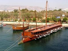 The Olympias (right), a reconstruction of a 4th century BCE trireme from Greece, but in reconstruction terms the most important ship of all - and considering all reconstructions undertaken in the study of ancient Mediterranean shipping technology is actually the Keryneia II (left). This is a small merchant boat, one thousands circulating Eastern Mediterranean moving trade around in an economic and timely manner. Looks modest but it is an ingenious construction from engineering terms.